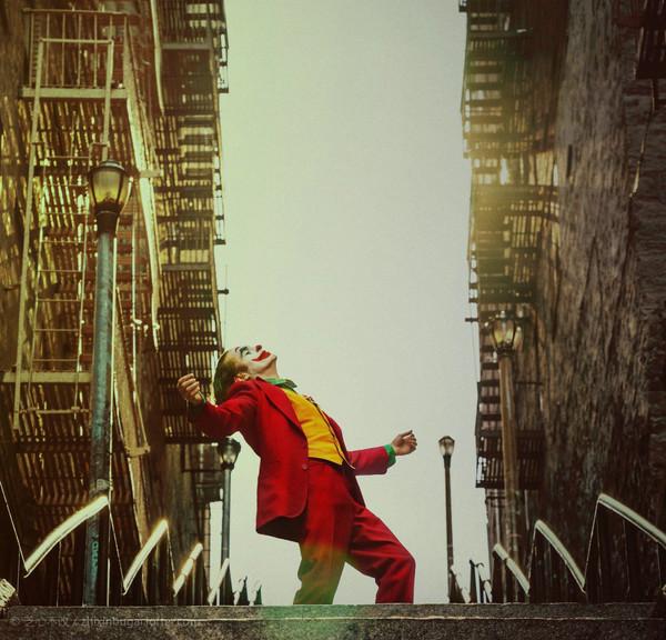 Joker 小丑 终极预告片 2019【提取版】