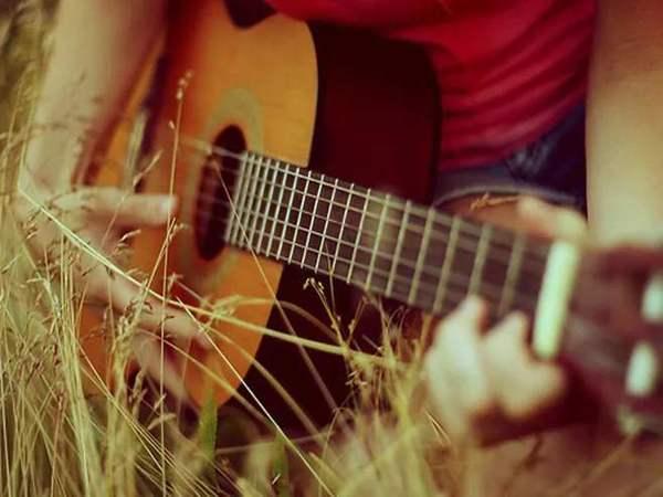 一把老吉他