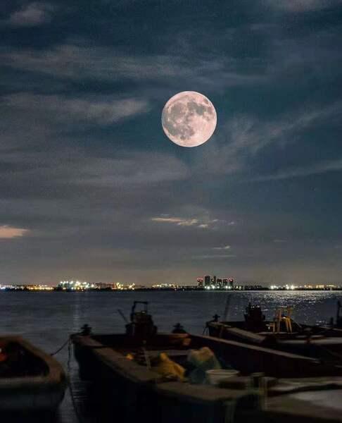 静默(夜色钢琴)