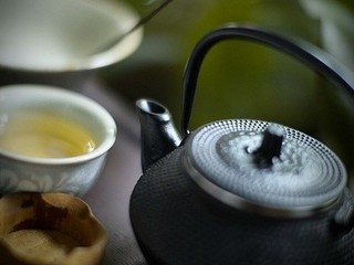 茶烟袅细香